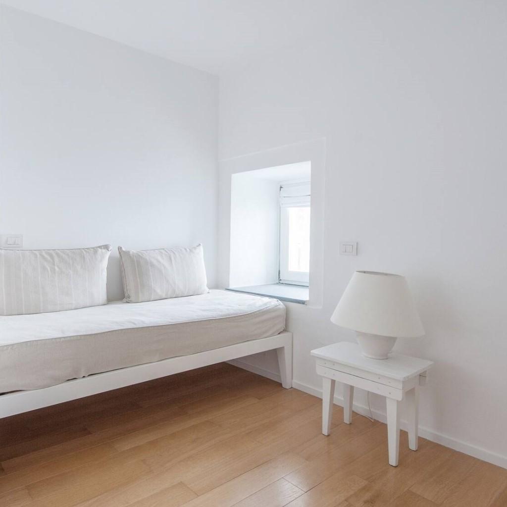 Room 26 - Lounge